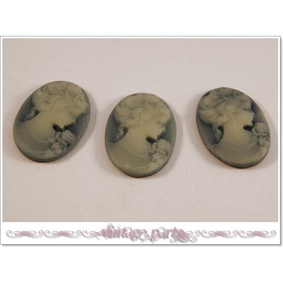 3 Cabochon//Kamee in graublau