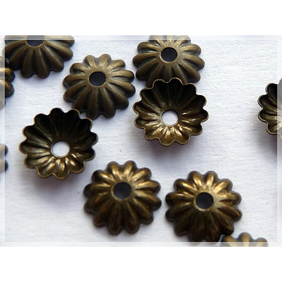 50 filigrane Perlkappen in vintage Bronze, 6 mm