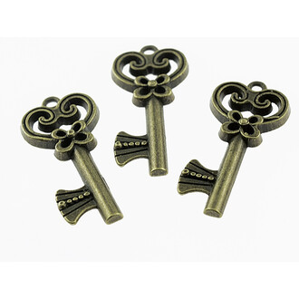 6 Anhänger Key im Kawaii Style in antik bronze