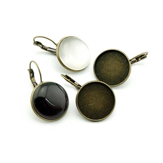 4 Brisuren in antik Bronze für 18 mm Cabochon